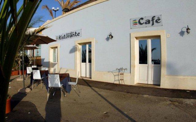 Отель Sbarcadero Hotel Италия, Сиракуза - отзывы, цены и фото номеров - забронировать отель Sbarcadero Hotel онлайн вид на фасад
