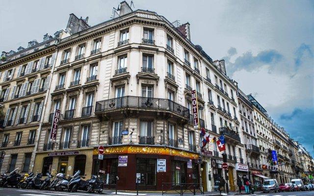 Hotel Des 3 Nations вид на фасад