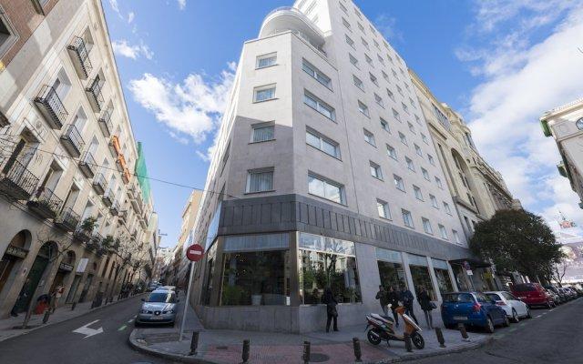Отель Home Club Los Madrazo III Испания, Мадрид - отзывы, цены и фото номеров - забронировать отель Home Club Los Madrazo III онлайн вид на фасад