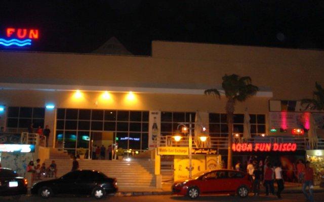 Отель Aqua Fun Club вид на фасад