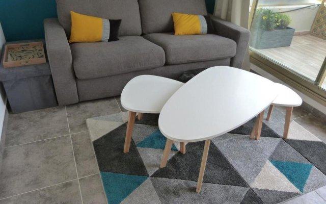 Апартаменты Studio In Nice, With Furnished Terrace And Wifi Ницца комната для гостей