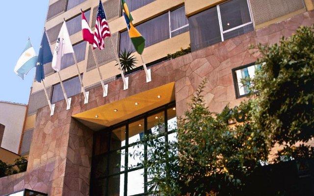 Отель BTH Hotel Lima Golf Перу, Лима - отзывы, цены и фото номеров - забронировать отель BTH Hotel Lima Golf онлайн вид на фасад