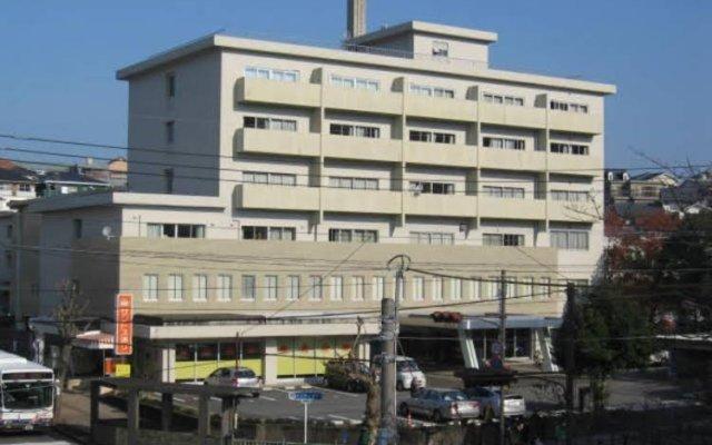 Отель Nagasaki Catholic Center Нагасаки вид на фасад