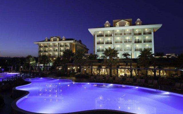Отель Adalya Resort & Spa вид на фасад