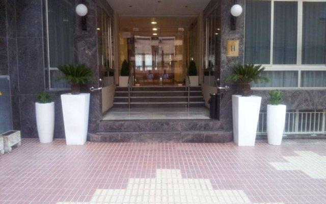 Отель Primavera Испания, Бенидорм - отзывы, цены и фото номеров - забронировать отель Primavera онлайн вид на фасад