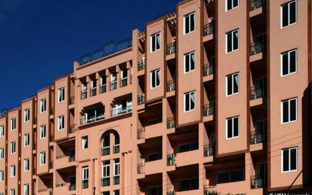 Отель Imperial Holiday Hôtel & spa Марокко, Марракеш - отзывы, цены и фото номеров - забронировать отель Imperial Holiday Hôtel & spa онлайн вид на фасад