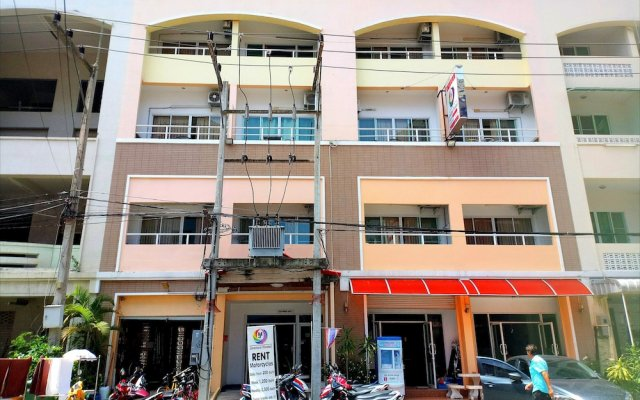 Jomtien Hostel Паттайя вид на фасад