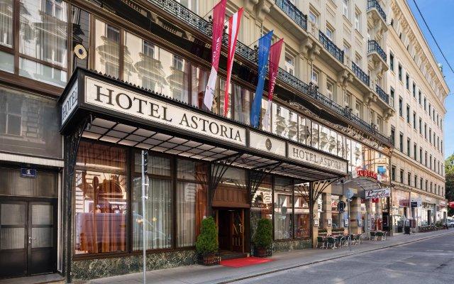 Отель Austria Trend Hotel Astoria Австрия, Вена - - забронировать отель Austria Trend Hotel Astoria, цены и фото номеров вид на фасад