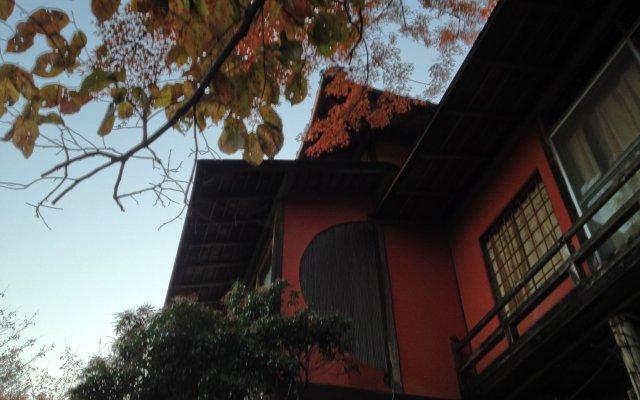 Отель Cultural Property Of Japan Senzairo Йоро вид на фасад