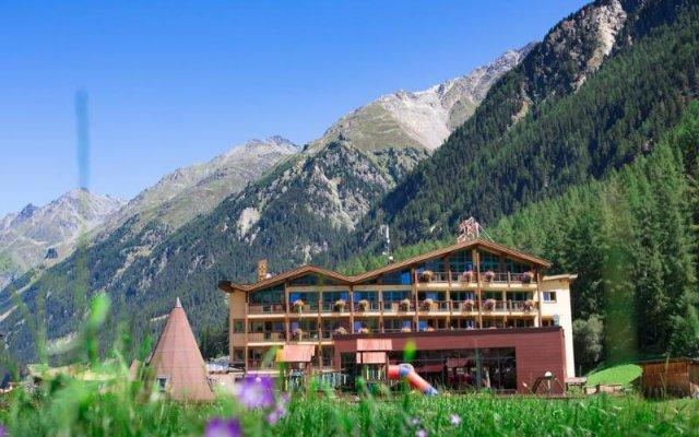 Отель Sunny Австрия, Хохгургль - отзывы, цены и фото номеров - забронировать отель Sunny онлайн вид на фасад
