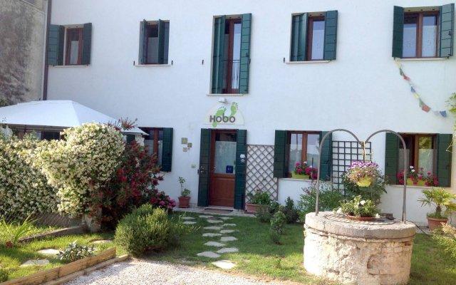 Отель B&B Hobo Италия, Мира - отзывы, цены и фото номеров - забронировать отель B&B Hobo онлайн вид на фасад