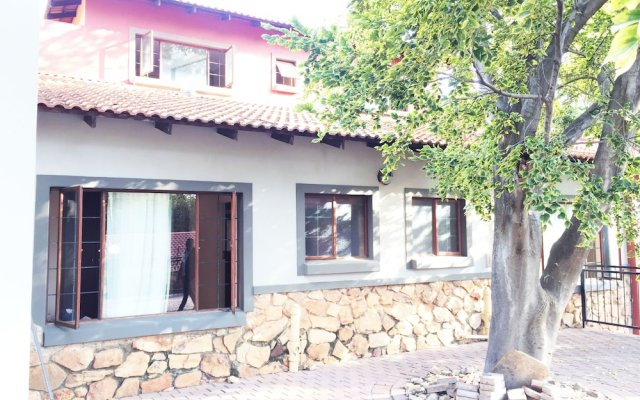 Covesto Guest House