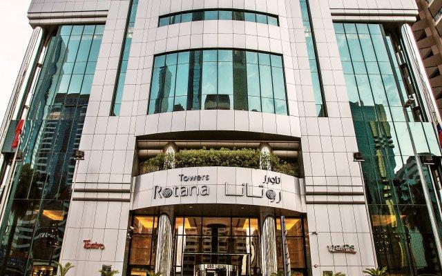 Отель Towers Rotana вид на фасад