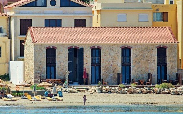 Отель Creta Seafront Residences вид на фасад