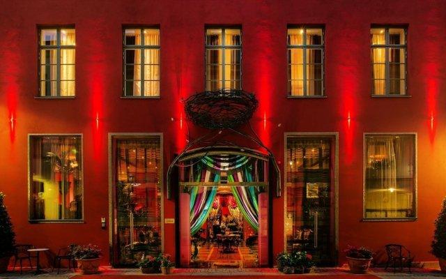 Dorsia Hotel & Restaurant вид на фасад