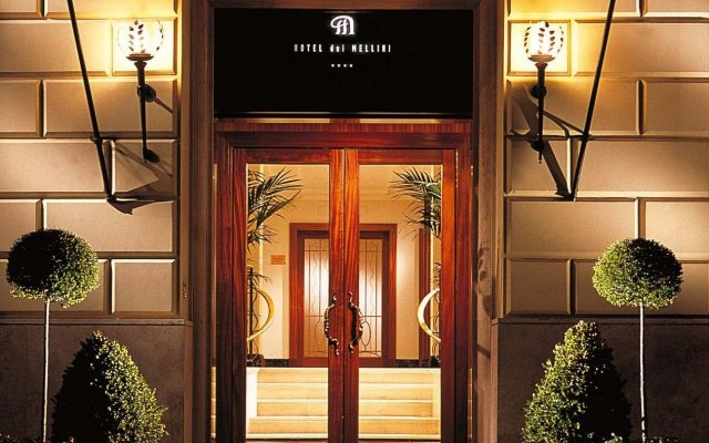 Hotel Dei Mellini вид на фасад