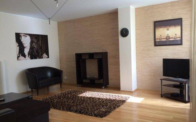 Апартаменты Allika Apartment Таллин комната для гостей