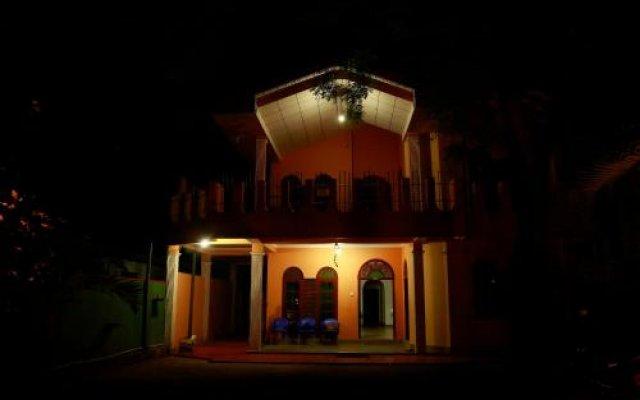Отель Travelodge Yala вид на фасад