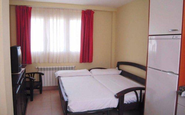 Отель Playa De Toro Apartamentos Испания, Льянес - отзывы, цены и фото номеров - забронировать отель Playa De Toro Apartamentos онлайн комната для гостей