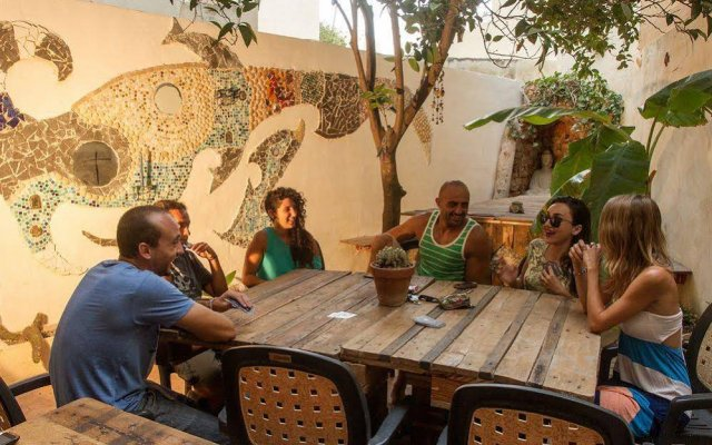 Отель Hostel Jones Мальта, Слима - отзывы, цены и фото номеров - забронировать отель Hostel Jones онлайн питание