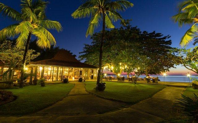 Отель Keraton Jimbaran Beach Resort вид на фасад
