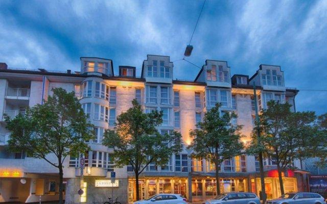 Leonardo Hotel München City West вид на фасад