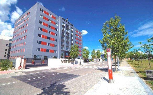 Отель Vertice Roomspace Madrid парковка