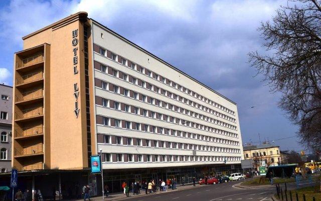 Гостиница Львов вид на фасад
