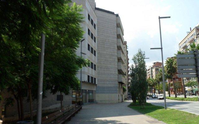 Отель Sata Park Güell Area Испания, Барселона - отзывы, цены и фото номеров - забронировать отель Sata Park Güell Area онлайн вид на фасад