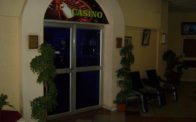 Gaborone Hotel Габороне вид на фасад
