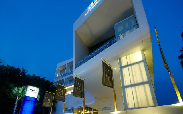Отель Baraquda Pattaya - MGallery by Sofitel вид на фасад