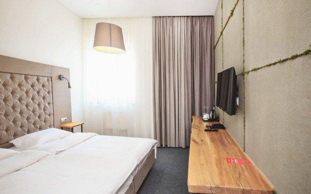 Honey bridge Hotel Калининград комната для гостей