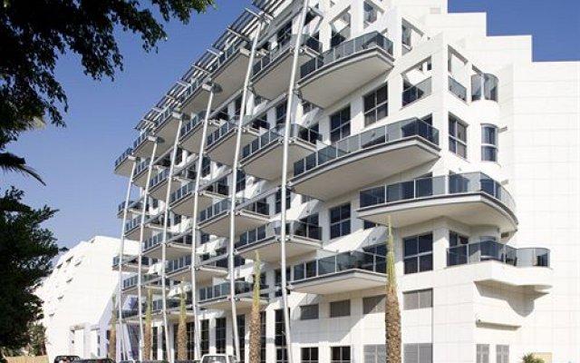 Kfar Maccabiah Hotel and Suites