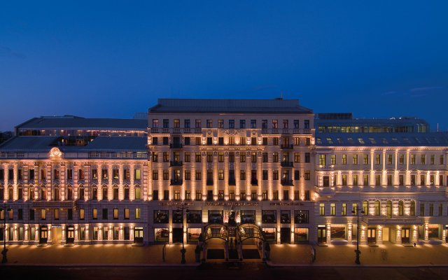 Гостиница Corinthia Санкт-Петербург вид на фасад