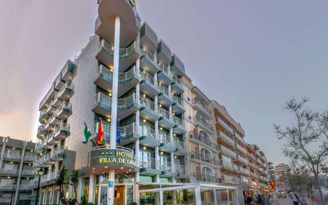 Hotel Villa de Laredo вид на фасад