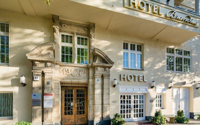 Hotel Brandies Берлин вид на фасад