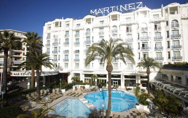 Отель Martinez Франция, Канны - 11 отзывов об отеле, цены и фото номеров - забронировать отель Martinez онлайн вид на фасад