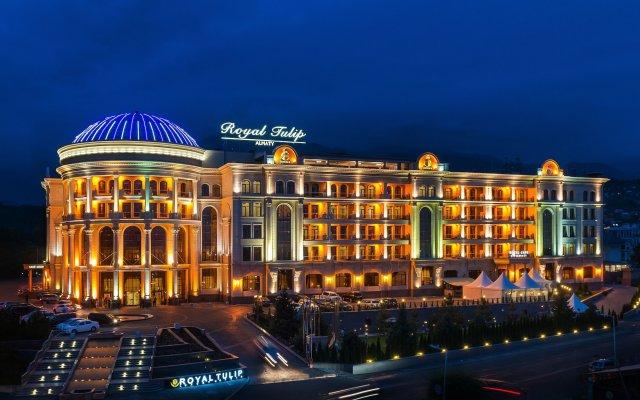 Гостиница Royal Tulip Almaty Алматы вид на фасад