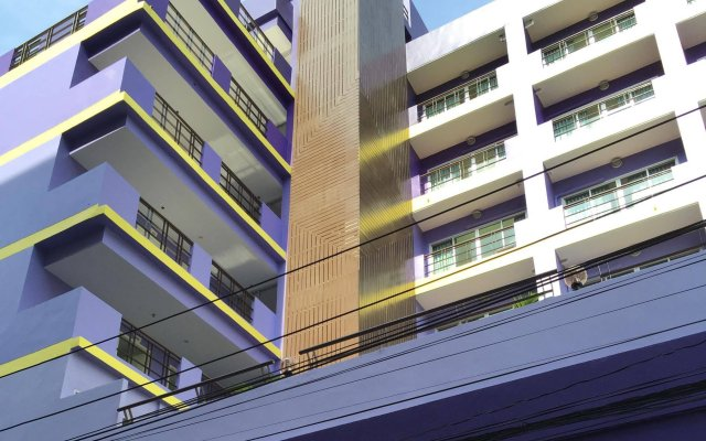 Отель Eastiny Residence Hotel Таиланд, Паттайя - 5 отзывов об отеле, цены и фото номеров - забронировать отель Eastiny Residence Hotel онлайн вид на фасад