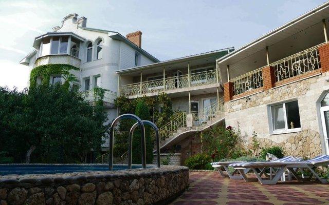 Гостиница Наутилус вид на фасад