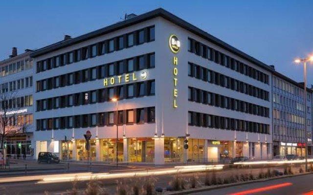 B&B Hotel Nürnberg-Hbf вид на фасад