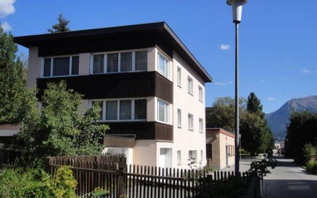 Отель Haus Pyrola Швейцария, Давос - отзывы, цены и фото номеров - забронировать отель Haus Pyrola онлайн вид на фасад