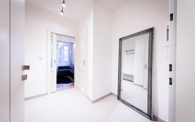 Апартаменты Boris' apartments City centre parks Прага комната для гостей
