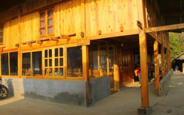 Отель Zizi Mekhoo Sapa Homestay Шапа вид на фасад