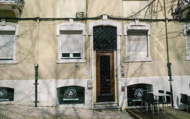 Nook Lisbon Hostel Лиссабон вид на фасад