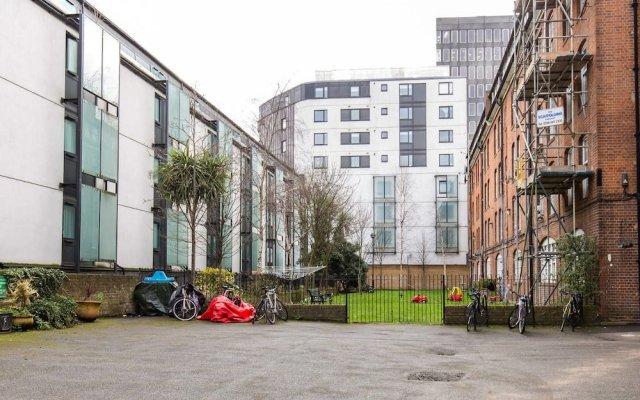 Отель Next to Euston! Perfect 2 bed in Central London Лондон вид на фасад
