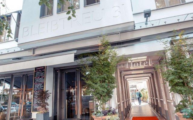 Отель Bleibtreu Berlin by Golden Tulip Германия, Берлин - 3 отзыва об отеле, цены и фото номеров - забронировать отель Bleibtreu Berlin by Golden Tulip онлайн вид на фасад