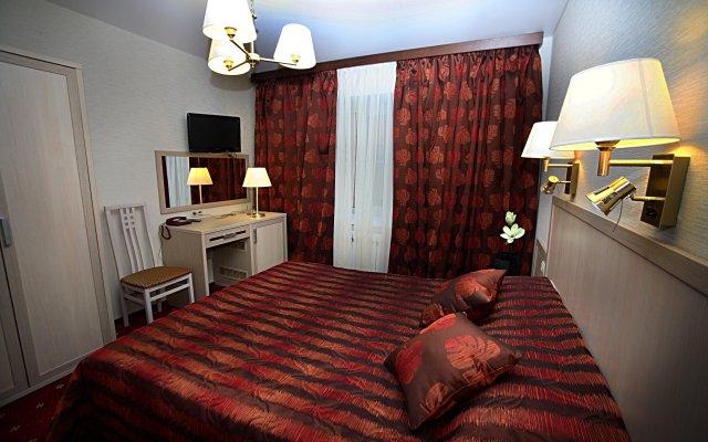 Гостиница Quite Square в Новосибирске 1 отзыв об отеле, цены и фото номеров - забронировать гостиницу Quite Square онлайн Новосибирск комната для гостей