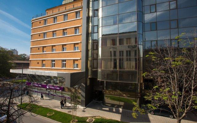Отель Putnik Сербия, Нови Сад - отзывы, цены и фото номеров - забронировать отель Putnik онлайн вид на фасад