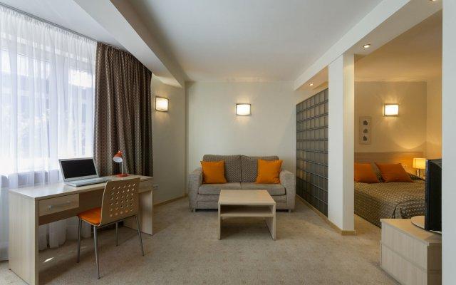 Отель Media Park Варшава комната для гостей